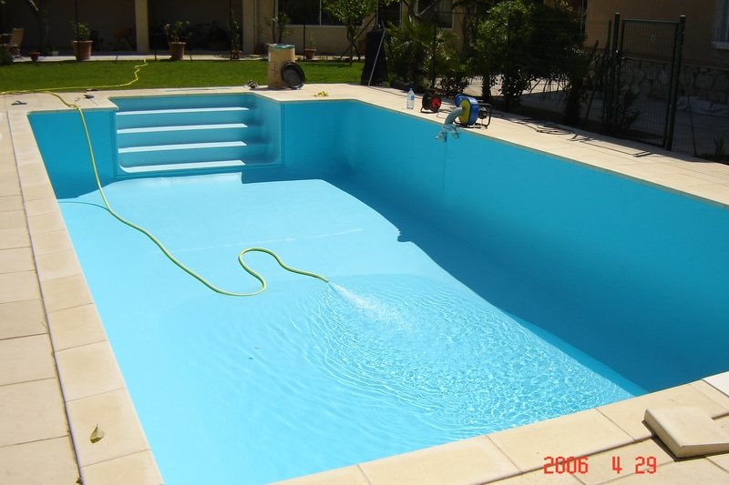 Pose de liner aix en provence de marque delifol en 2008 for Pose de liner de piscine