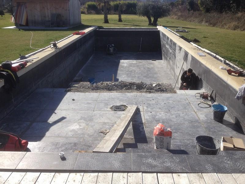 r novation d 39 une ancienne piscine carrel e cadenet vaucluse en 2014 construction piscine et. Black Bedroom Furniture Sets. Home Design Ideas