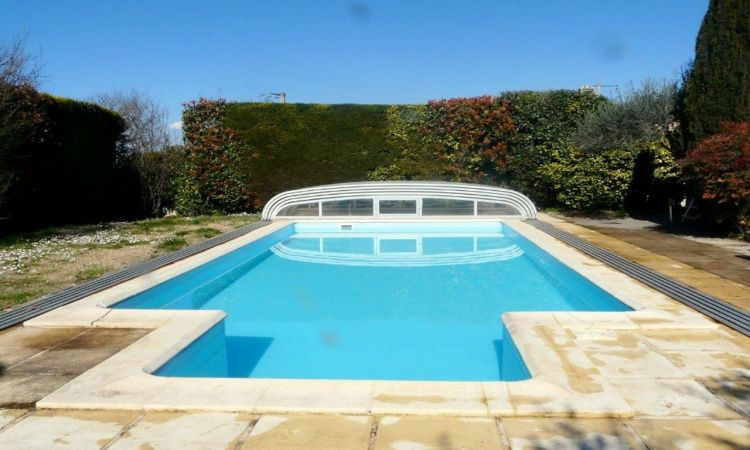 Restauration de piscine sur mesure aix en provence top for Devis liner piscine sur mesure
