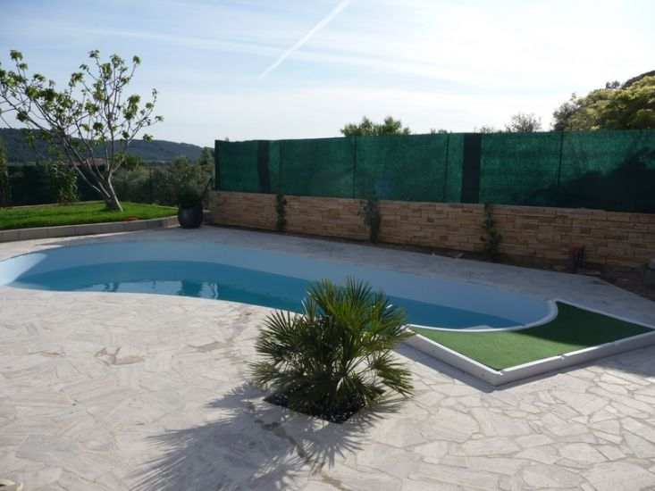 Piscines pvc arm et pose liner de piscine marseille top for Pose liner arme piscine